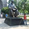 398px-Tesla_statue_at_Niagara_Falls